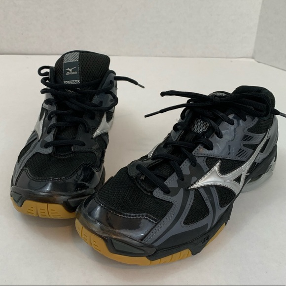 1957eb386cc6 Mizuno Shoes | Womens Volleyball Size 105 Sneakers | Poshmark